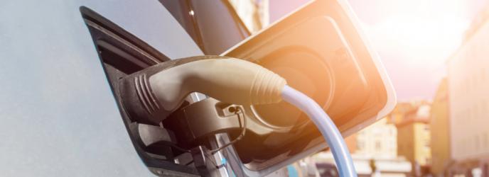 Minister Tchórzewski: Chcemy wyprzedzać trendy rozwoju elektromobilności