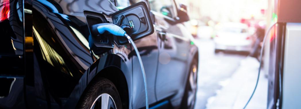 W 2040 roku co drugi samochód będzie elektryczny